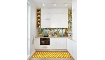 Белая кухня - антресоли до потолка