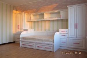 Мебель в детскую комнату в клиссическом стиле
