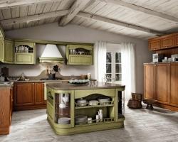 Деревяная кухня для часного дома