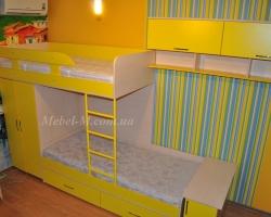 Детская комната для двух детей желтая
