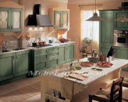 Кухня классика из дерева зеленая вода